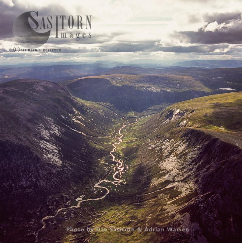 A Valley Just West Glen Tilt, South Of Falls Of Tarf, Highlands, Scotland