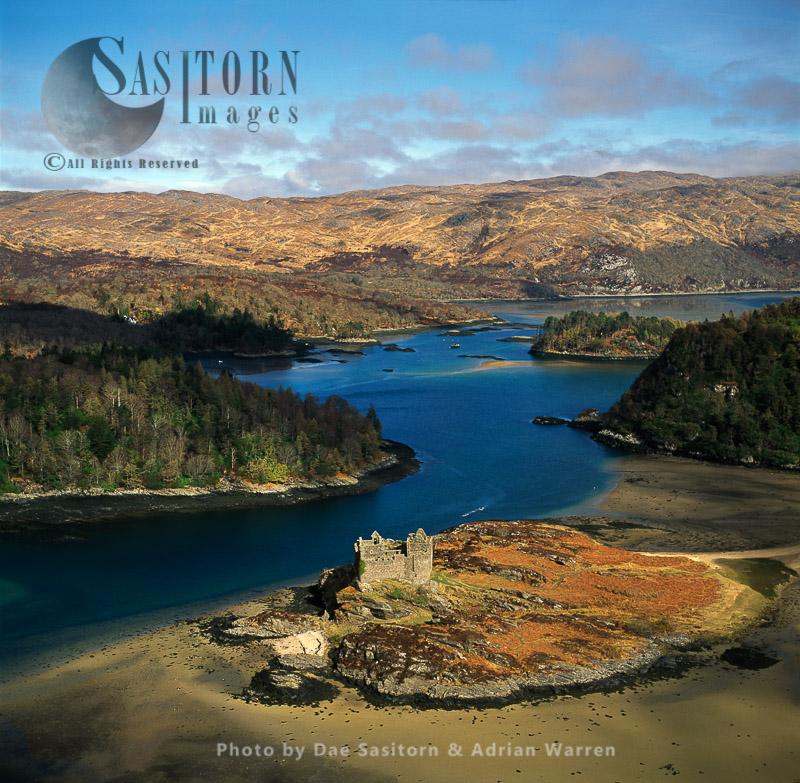 Castle Tioram, On The Tidal Island Eilean Tioram In Loch Moidart, Lochaber, Highlands