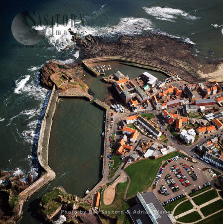 Dunbar And Harbour, Town In East Lothian On The Southeast Coast Of Scotland