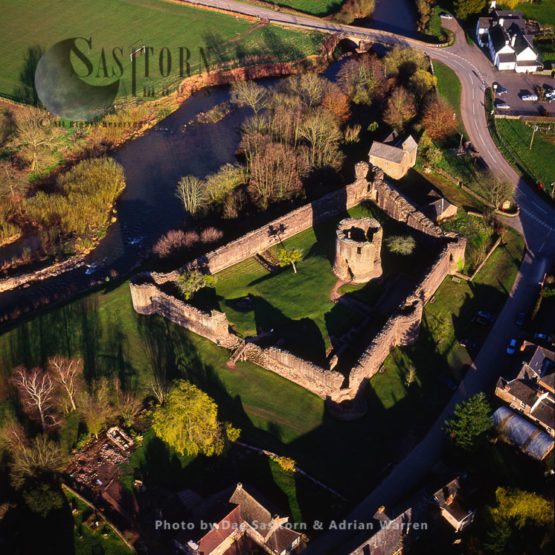 Skenfrith Castle, Skenfrith In Monmouthshire, Wales