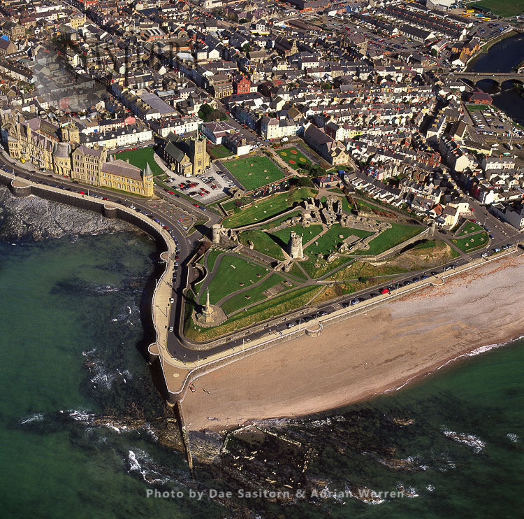 Aberystwyth Castle And Town, In Aberystwyth, South Wales
