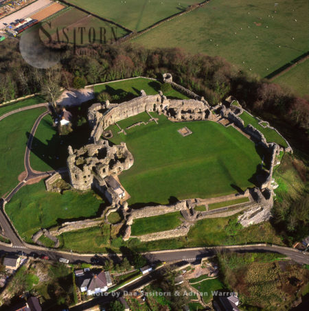 Denbigh Castle, Above Denbigh Town Centre, North Wales