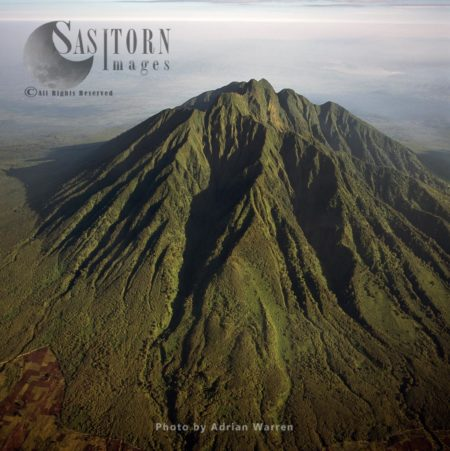 Mount Sabyinyo (extinct Volcano And The Oldest Of The Virunga Mountains), Virunga Volcanoes, Between Rwanda And Congo