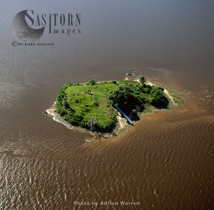 Fort Kyk-Over-Al,  Ruins Of A Dutch Fort, On An Island Located At The Confluences Of The Essequibo, Cuyuni And Mazaruni Rivers, Guyana