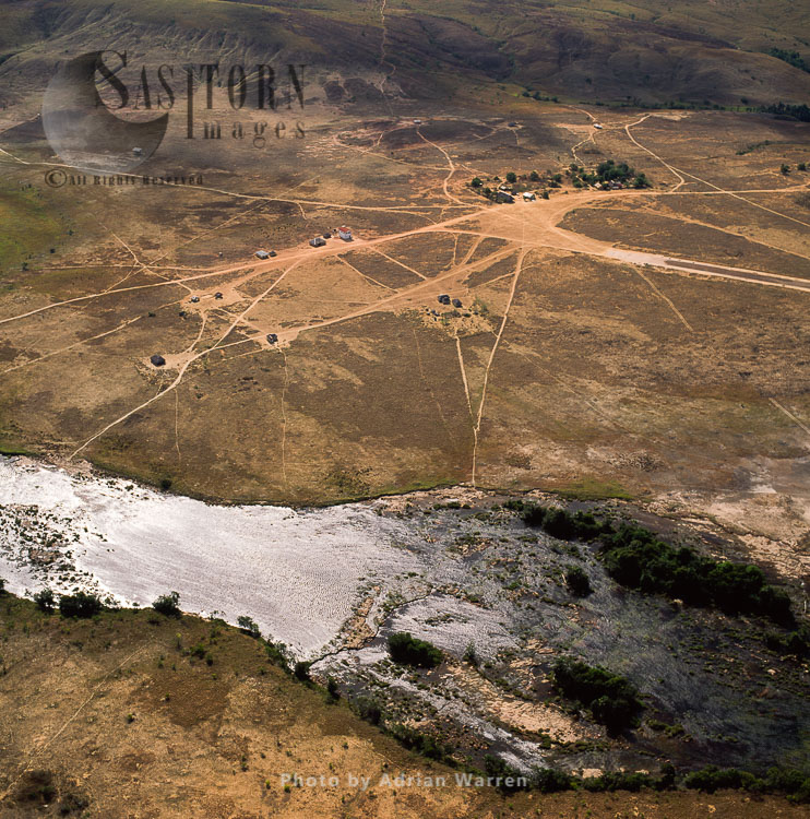 Ireng River, Section Below The Orinduik Falls, A Diamond-mining Community, Guyana