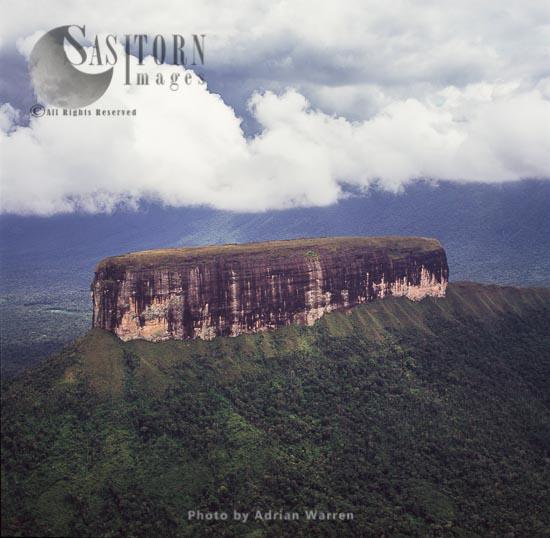Akopantepui, Gran Sabana, Estado Bolivar, Tepuis, Venezuela