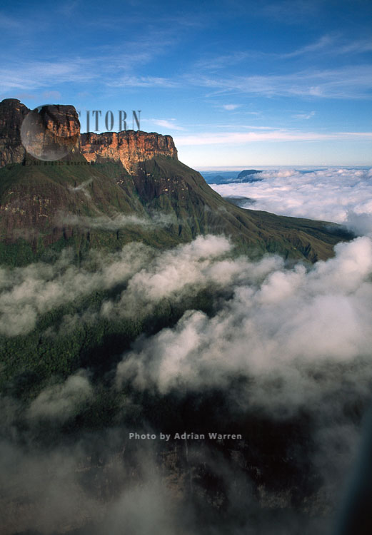 Mount Auyantepui (Auyantepuy, Devil's Mountain), home of the Angel Falls, Venezuela