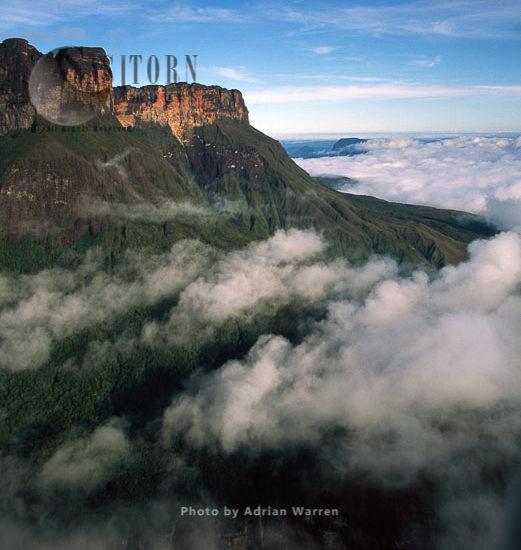 Mount Auyantepui (Auyantepuy, Devil's Mountain), Home Of The Angel Falls, Venezuela