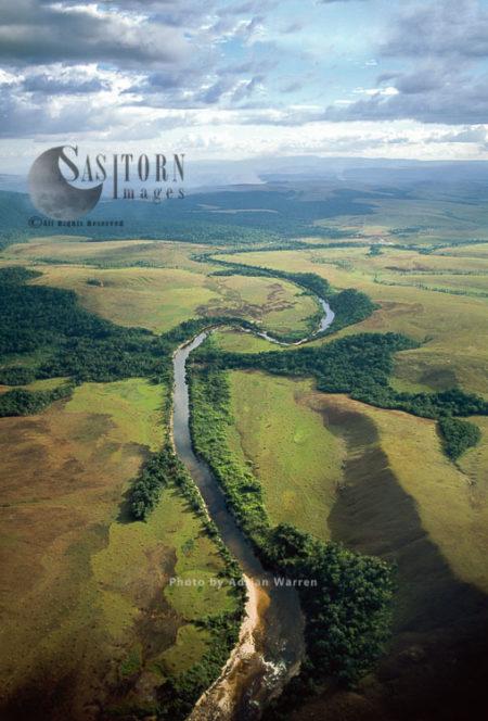 Yuruani River Near Masu-paru-mota, Canaima National Park, La Gran Sabana, Bolívar State, Venezuela