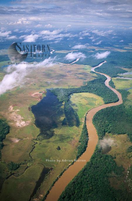Rio Caroni  River Near Apoipo, Canaima National Park, La Gran Sabana, Bolívar State, Venezuela