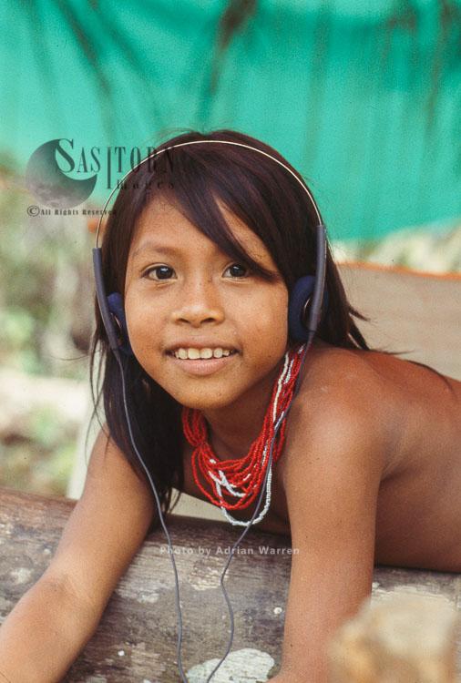 Waorani Indians – Girl, Rio Cononaco, Ecuador, 1993