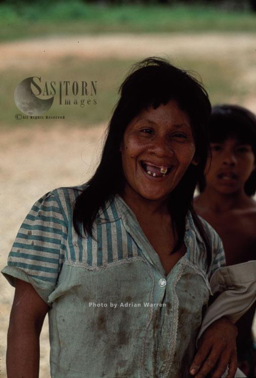 Waorani Indians, Adult Female, Rio Cononaco, Ecuador, 1993