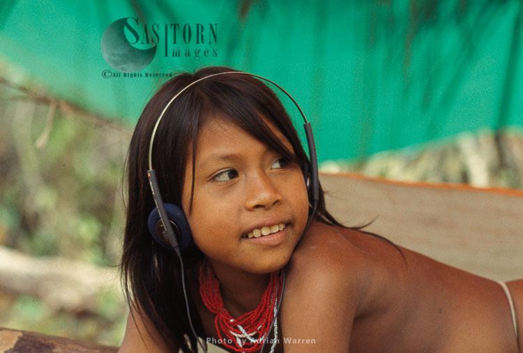 Waorani Indians -girl, Rio Cononaco, Ecuador, 1993