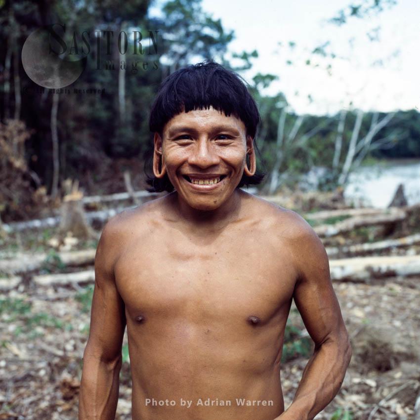Waorani Indians, an adult male, Rio Cononaco, Ecuador, 1983