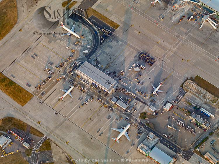 Heathrow Airport, Edge Of Terminal 5