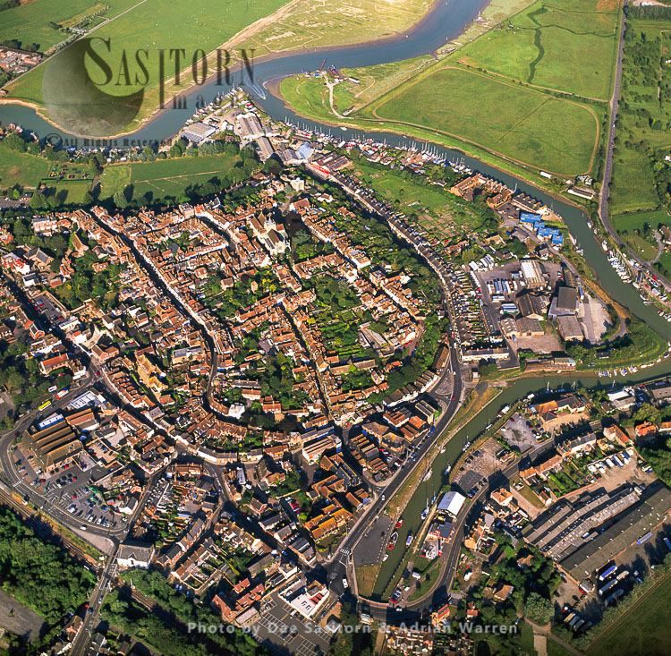 Rye, At The Confluence Of Three Rivers: The Rother, The Tillingham And The Brede