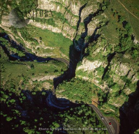 Cheddar Gorge, A Limestone Gorge In The Mendip Hills, Cheddar, Somerset, England.  Britain's Oldest Complete Human Skeleton, Cheddar Man, Found Here