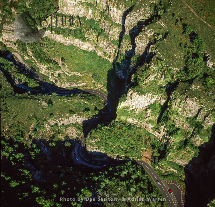 Cheddar Gorge, A Limestone Gorge In The Mendip Hills, Cheddar, Somerset, England.  Britain's Oldest Complete Human Skeleton, Cheddar Man, Found Here