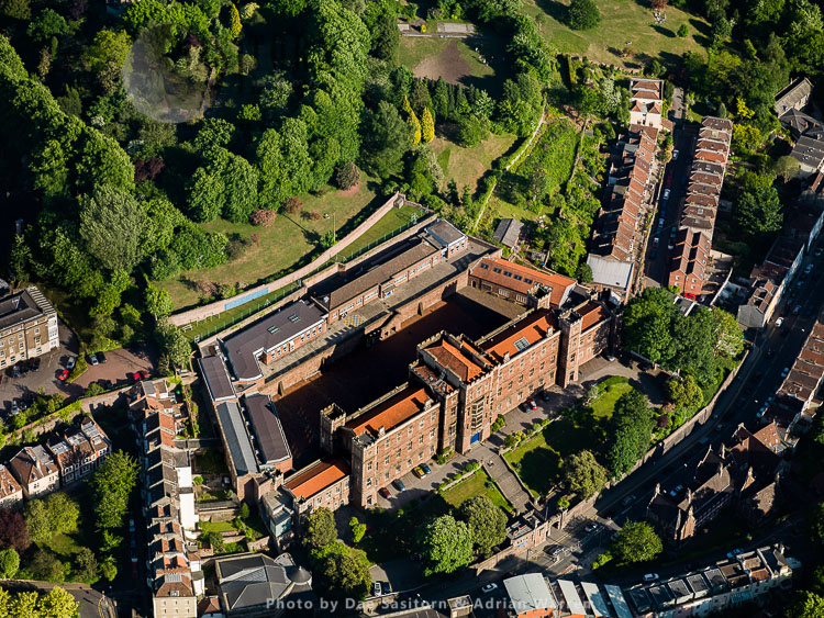 Queen Elizabeth's Hospital,  An Independent School In Clifton, Bristol, Somerset