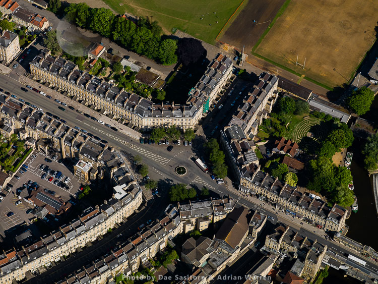 Road Junction On The Eastern End Of  Pulteney Bridge, Bath, Somerset
