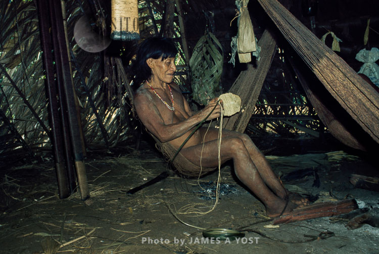 Waorani Indians: Chambira Twine Serves Numerous Purposes – Eg. Fishnets, Hammocks, Bags, Kapok Carriers, Gabado, 1975, Ecuador