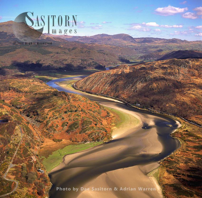 Afon Dwyryd – River Upstream From Portmeirion, North Wales