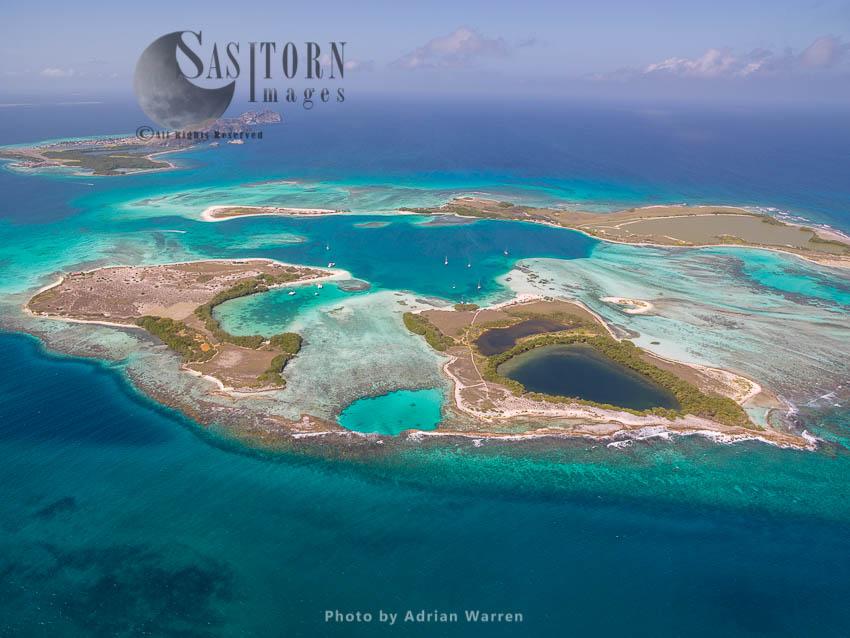 Cayos Francisqui Group Of Islands With Rasqui And Gran Roque Island In Background, Los Roques Archipelago, Caribbean Sea, Venezuela, South America