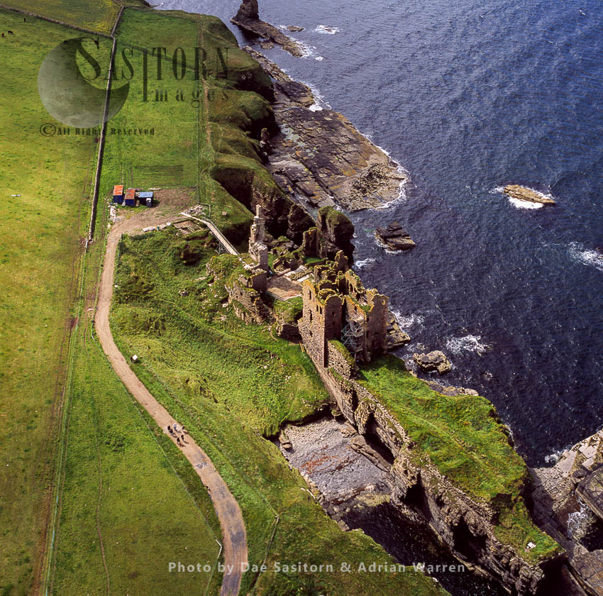 Castle Sinclair & Girnigoe, North Of Wick On The East Coast Of Caithness
