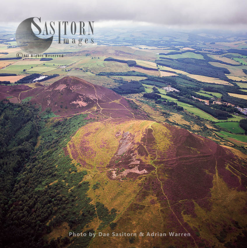 Eildon Hill, Hill Fort South Of Melrose, Borders, Scotland. Sometimes Pluralised Into -the Eildons- Or -Eildon Hills-, Because Of Its Triple Peak
