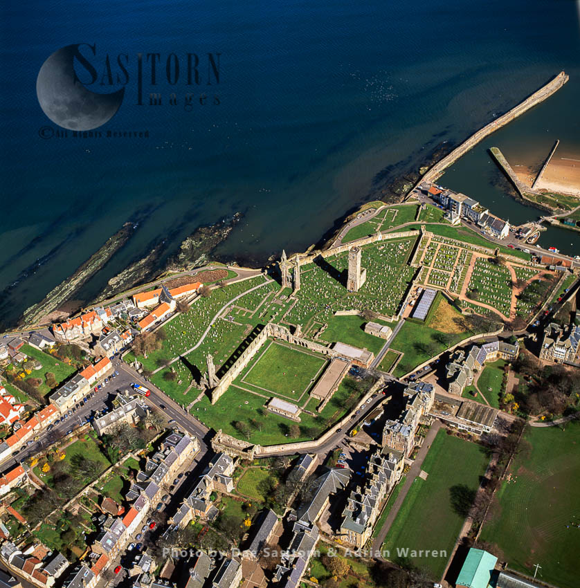 St Andrews Cathedral And Former Royal Burgh On The East Coast Of Fife, Lowlands, Scotland