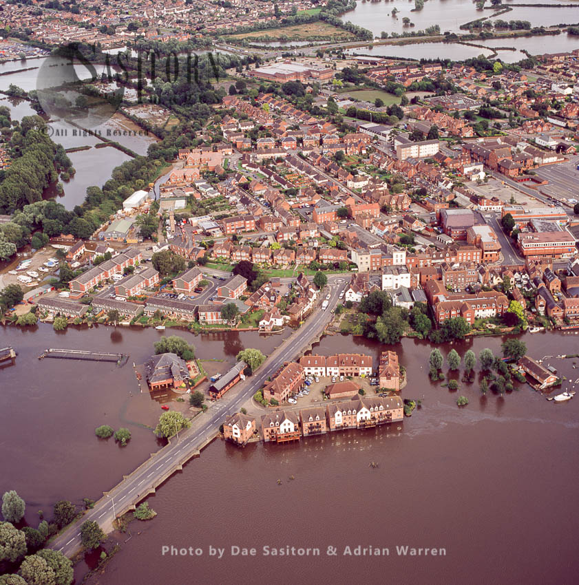 Flooding In Mitton And Tewkesbury In 2007, From River Severn And River Avon, Gloucestershire, England