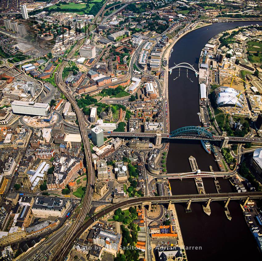 Chain Of Bridges, High Level Bridge, Swing Bridge, Tyne Bridge And Gateshead Millennium Bridge, Newcastle-upon-Tyne, On The River Tyne
