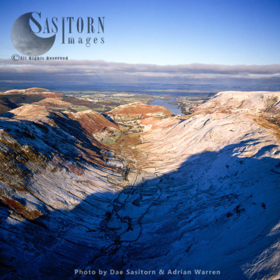 Derwent Fells, Mountain Ridges In Snow, Lake District, Cumbria, England