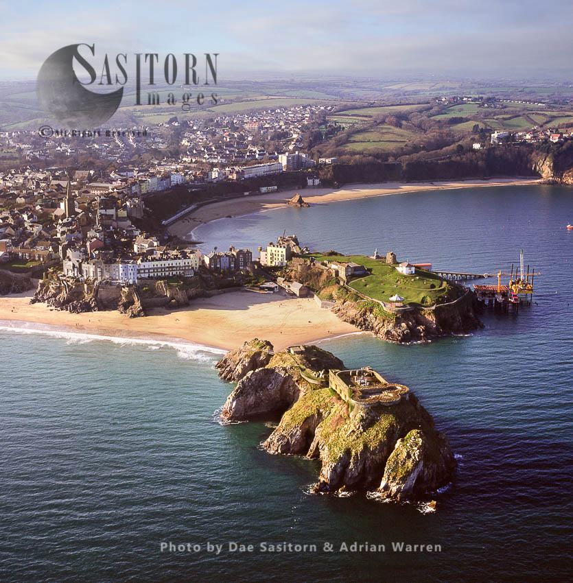 St Catherine's Fort, St Catherine's Island, A Small Tidal Island, Tenby In Pembrokeshire, Wales. Tenby Castle In Distance
