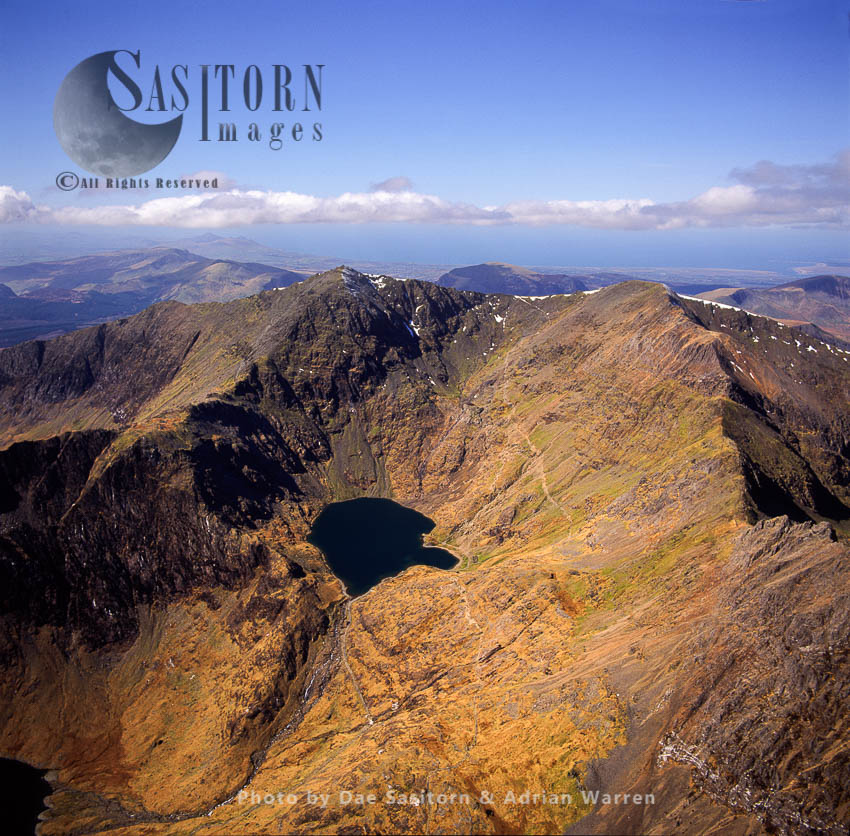 Snowdon, The Highest Mountain In Wale, 1,085 Metres Above Sea Level, Snowdonia National Park In Gwynedd.