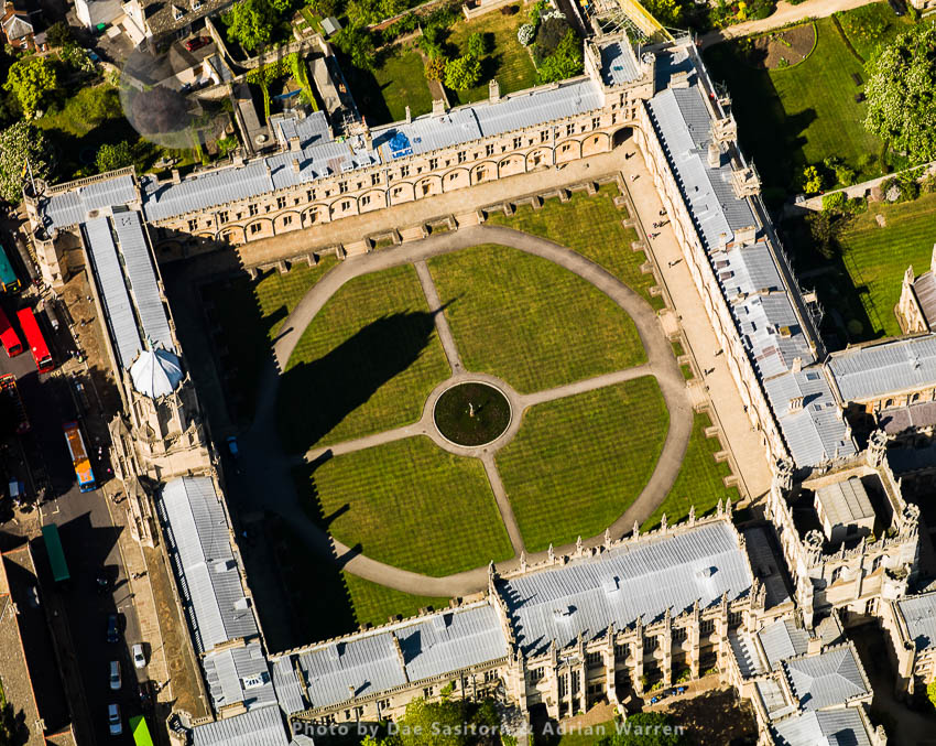Christ Church And Tom Tower, University Of Oxford, Oxfordshire, England