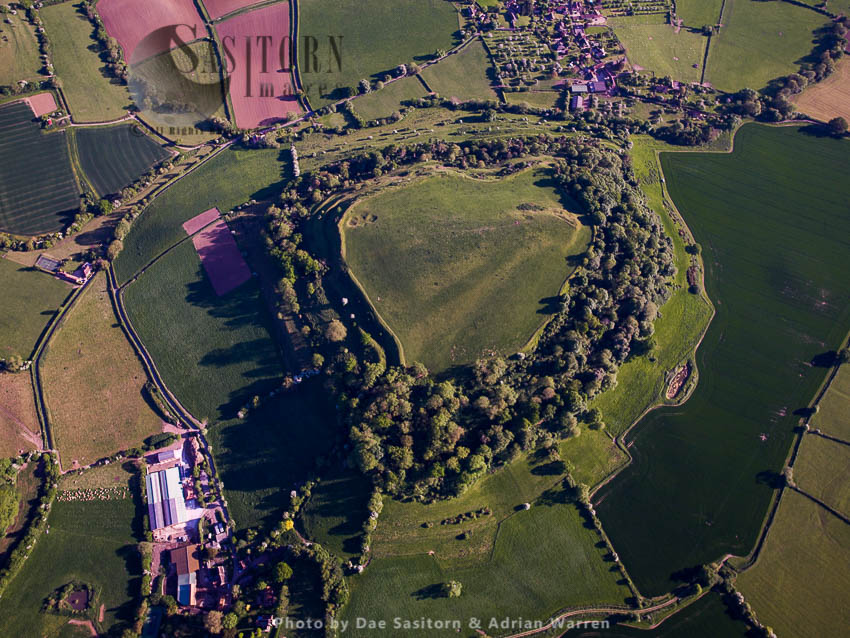Cadbury Castle, Bronze And Iron Age Hill Fort, South Cadbury, Somerset