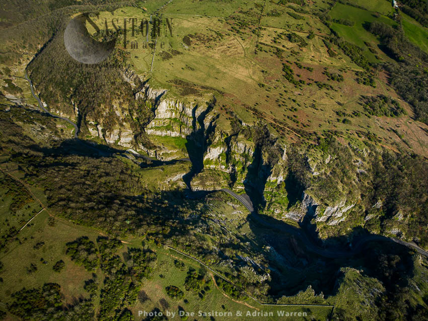 Cheddar Gorge, A Limestone Gorge In  Mendip Hills, Cheddar, Somerset. Britain's Oldest Complete Human Skeleton, Cheddar Man, Found Here