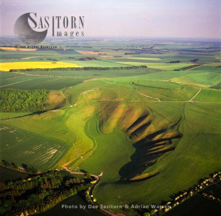 Uffington White Horse And Iron Age Uffington Castle, Oxfordshire, England