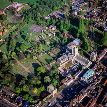 Bury St Edmunds, Town, Cathedral And Abbey, Suffolk