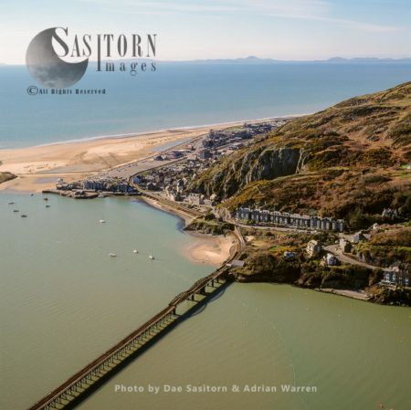 Aberdyfi (Aberdovey), A Village And Community On The North Side Of The Estuary Of The River Dyfi, Gwynedd, Wales