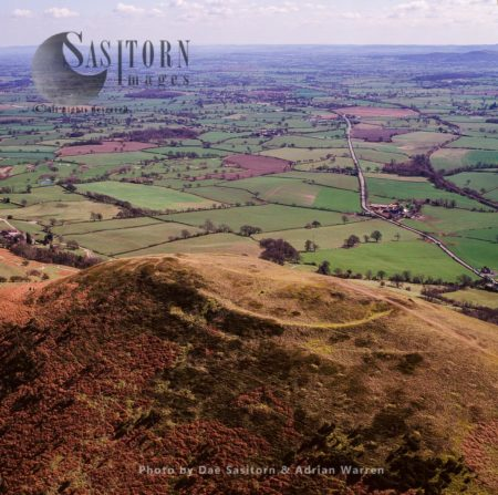 Cefn Y Castell Hillfort, Middletown, On The Border Between Wales And England