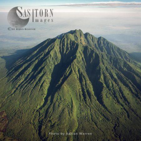 Mount Sabyinyo (extinct Volcano And The Oldest Of The Virunga Mountains), Virunga Volcanoes, Between Rwanda And Congo