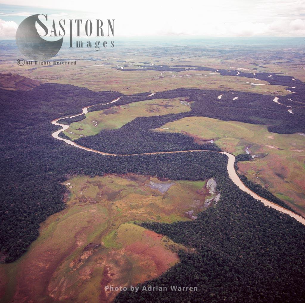 Aerial view of River Caroni, Gran Sabana, Tepuis, Canaima National Park, Venezuela