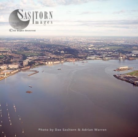 View Over The Estuary Of The River Thames To Erith And Northumberland Heath, South East London