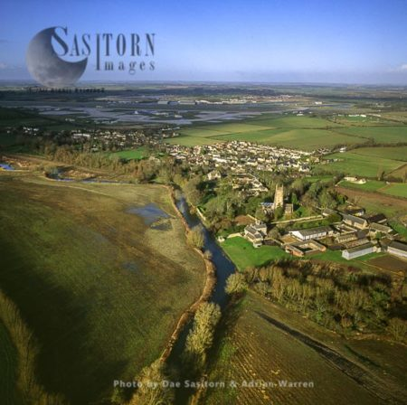 Kempsford And The River Thames, Gloucestershire