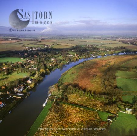 Moulsford And The River Thames, Oxfordshire