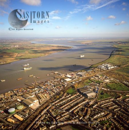 View Of The Estuary Of The River Thames Looking East From Milton And Denton, East Of Gravesend, Kent,