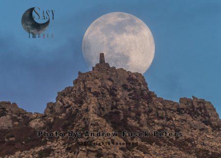 Moonrise Over Manstone Rock, Stiperstones, Shropshire